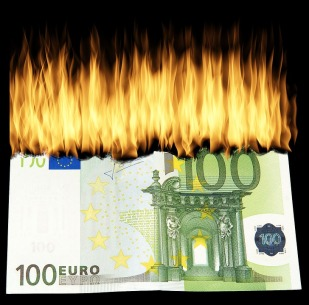 burn-money-1463224_960_720